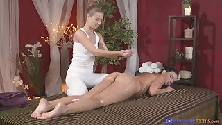 Busty unpaid Cynthia Hill massaged and pleased by Alexis Crystal