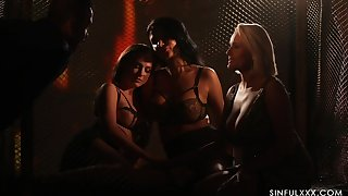 Spectacular sapphic orgy by candle light starring Ania Kinski, Vinna Reed and Angel Wicky
