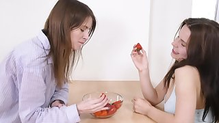 Closeup video of pretty lesbians Ole Nina and Olga Petrova having dealings