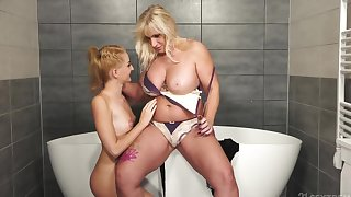 Mature blonde has lovemaking with the stepdaughter in the void excrement