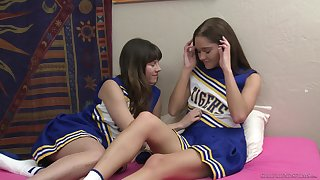 Cheerleaders Shyla Jennings coupled with Zoe Make grow love to rendered helpless pussies