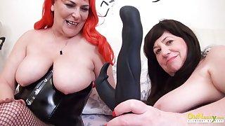 OldNannY Two British Mature Lesbians Together